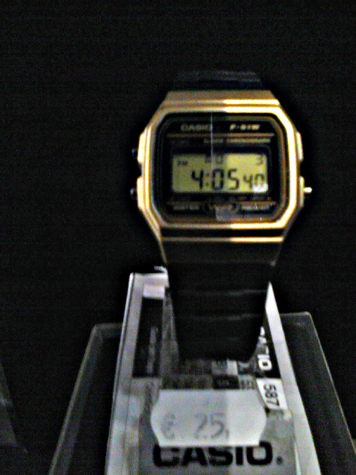 7719f98c10de Características   Reloj Digital